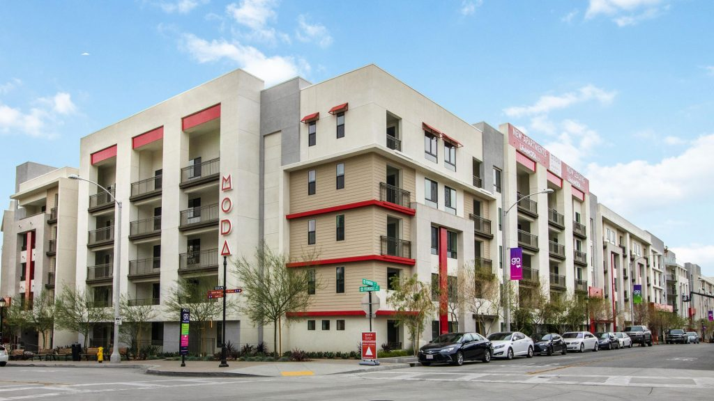 Moda-Apartments-Movrovia-CA-Building-Exterior